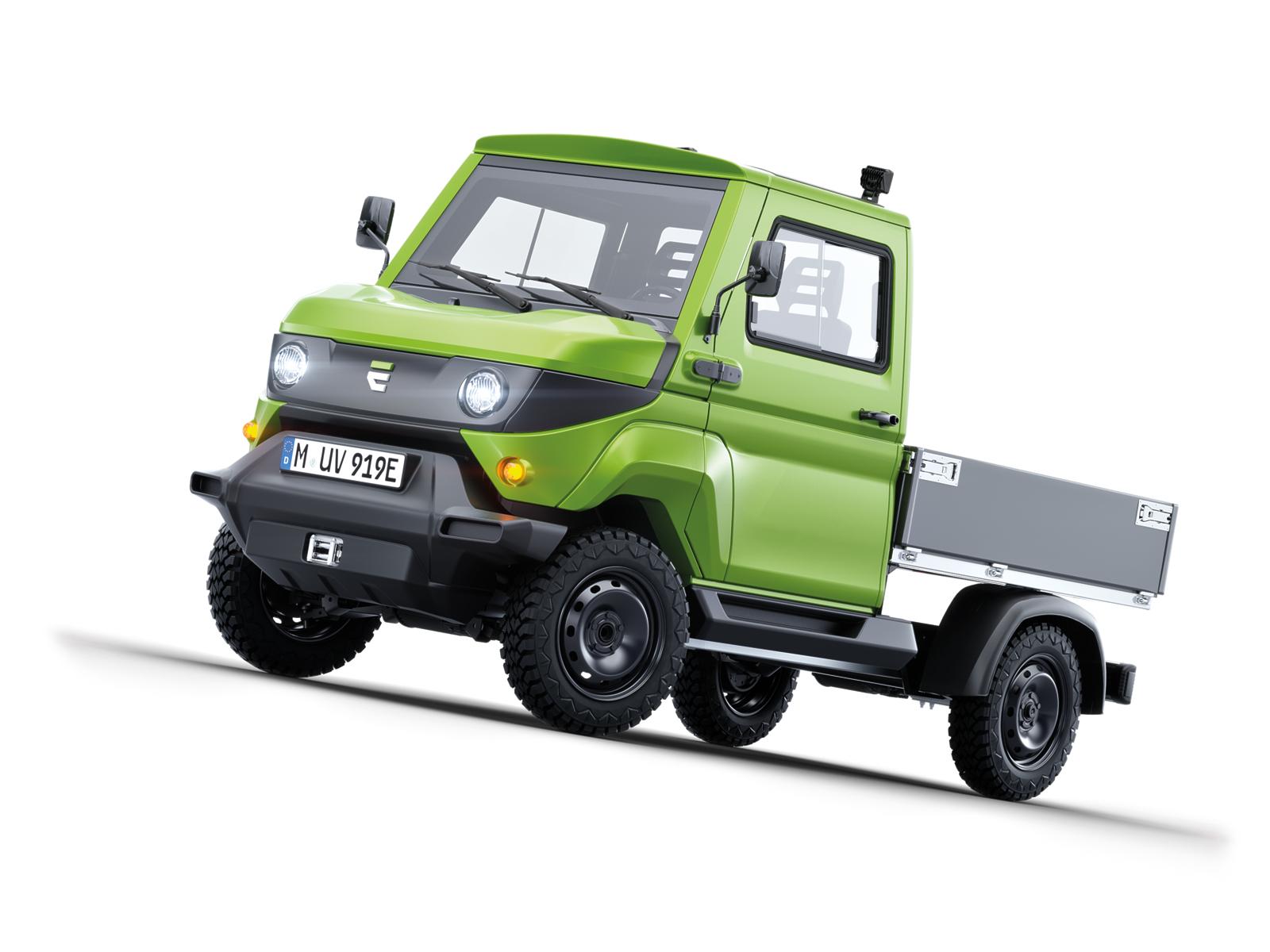 Four-wheel electric drive truck: EVUM Motors presents its new aCar at the IAA