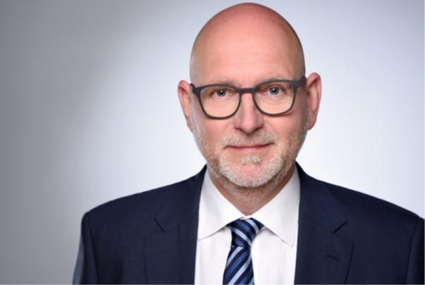Christoph Wede neuer Direktor des Bereichs Sales, Marketing und Service bei EVUM